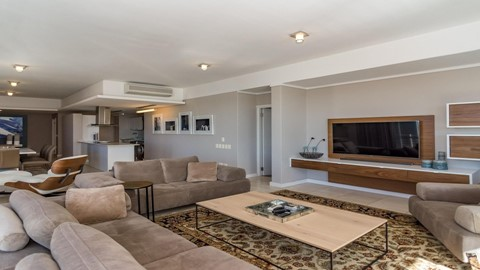 2 bedroom apartment for sale in foreshore 146