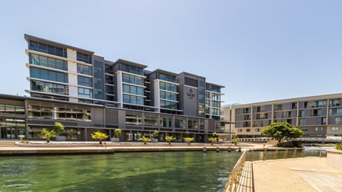 2 bedroom apartment for sale in foreshore the yacht club